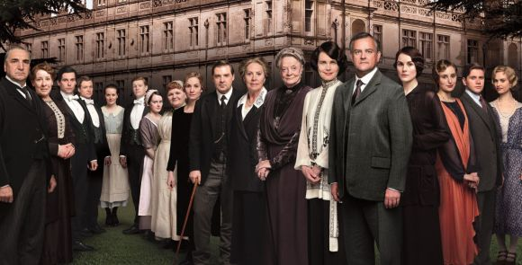 DOWNTONABBEY_SEASON4_ARTWORK_GROUP landscape
